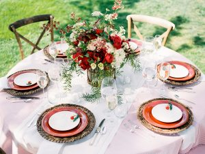 Pink-and-Red-Wedding-Centerpiece-600x452